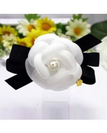 Simple Camelia Hairpin