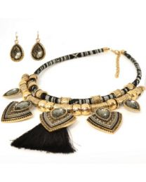 NECKLACE/EARRING SET - NAVAJO FAN W/ BLACK TASSLE